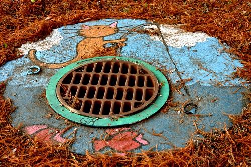 drain paint