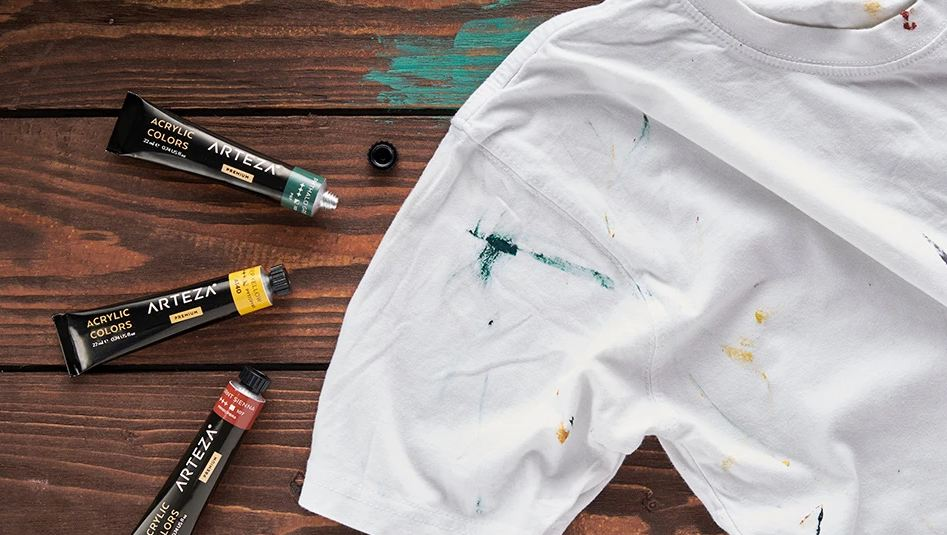 Is Acrylic Paint Permanent On Clothes 11zon