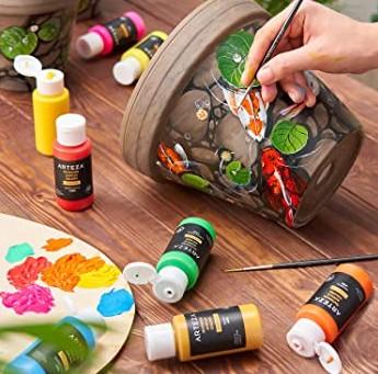 Is Acrylic Paint Permanent on Plastic 11zon 1
